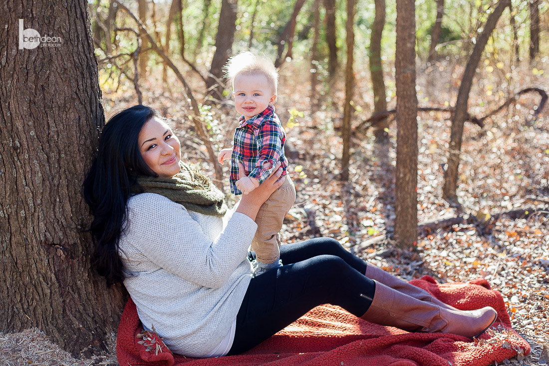 autumn family photos with a really cute baby